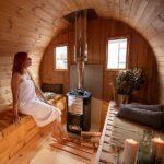 foto 4 4m badstutoenne for 4 pers med omkledningsrom og utvendige sitteplasser